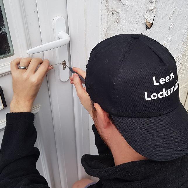 Emergency door and lock opening Leeds